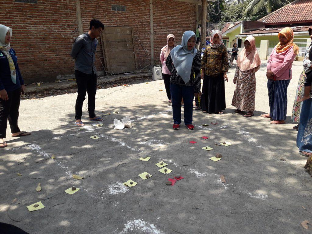 Pemicuan STBM Desa Pangebatan Karanglewas Banyumas