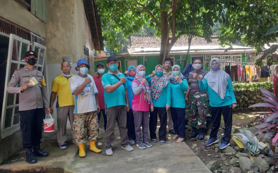 Jumat Bersih Peduli Keluarga ODGJ Pangebatan